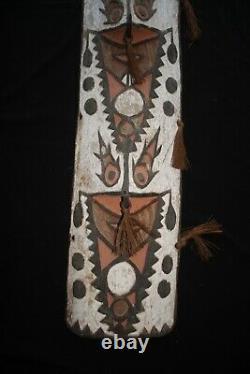 Biwat War Shield Yuat River Papua New Guinea mid 20thC