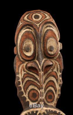 Crochet iatmul, tribal hook, oceanic art, papua new guinea, sepik carving
