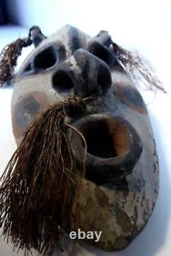 Early Carved Papua New Guinea Spirit Mask Sculpture Ochre Painted Tribal Art