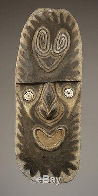 Kwoma figure, tribal art carving, waskuk hills, papua new guinea
