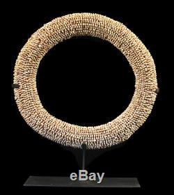 Monnaie Tolai, currency shell ring, oceanic art, papua new guinea