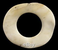 Monnaie d'échange bénitier, currency shell ring, oceanic art, papua new guinea