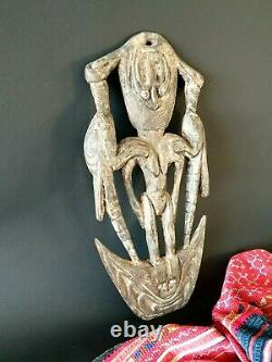 Old Papua New Guinea Carved Wooden Food Hook with Cowrie Shell & Carved Birds