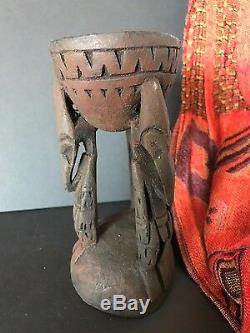 Old Papua New Guinea Carved Wooden Sepik River Paint Pot (b) one of a unique