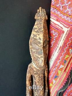 Old Papua New Guinea Ramu River Ancestor Carving beautiful collection piece