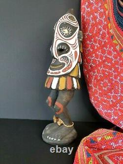 Old Papua New Guinea Sepik River Carved Figure beautiful display & collection p