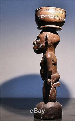 Old sculpture Papua New Guinea authentic tribal art sculpture Oceania Pacific