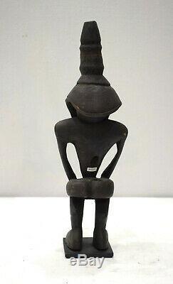Papua New Guinea Kore Statue Wokam Village Diety Kore Statue