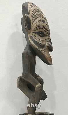 Papua New Guinea Statue Ancestor Figure Black Water Lakes
