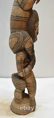 Papua New Guinea Statue Iatmul Kambot Village Bird Wood Statue