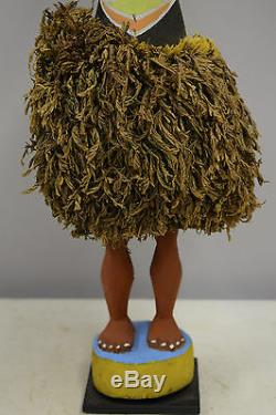 Statue Papua New Guinea Duk Duk Statue