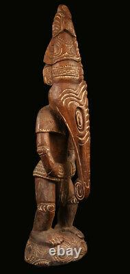 Statue d'ancêtre, ancestor carving, keram river, oceanic art, papua new guinea