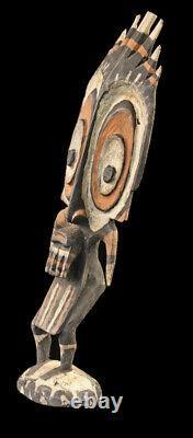 Statue d'ancêtre du sépik, sepik ancestor carving, oceanic art, papua new guinea