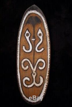 Striking Gope Board Papuan Gulf PAPUA NEW GUINEA 1960's
