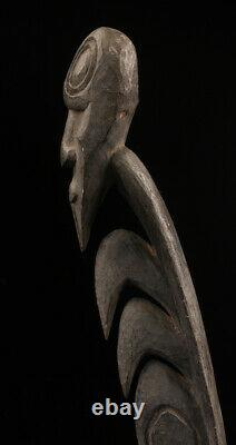 Yipwon cult figure, karawari river, papua new guinea, oceanic art, art océanien